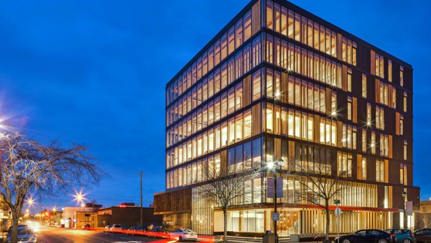 El Centro de Innovación y Diseño en Madera (WIDC, por sus siglas en inglés) está en la provincia de la Columbia Británica, en Canadá. Foto: Cortesía de MGA.