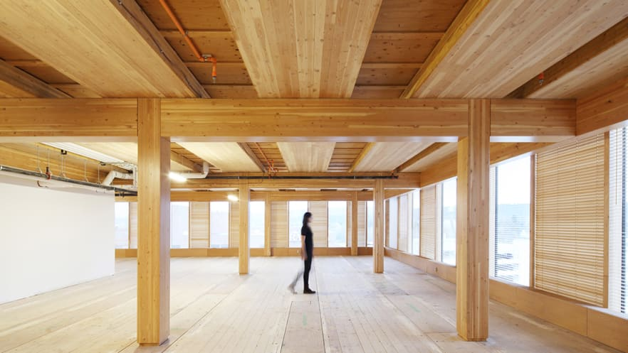 El edificio es un centro para educación e investigación en el diseño en madera. Foto: Cortesía de MGA.