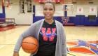 Ni el cáncer separó del baloncesto a Krystal Lucero