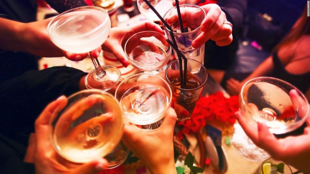 brindis, alcohol