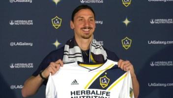 Así recibieron a Zlatan Ibrahimović los hinchas del L.A. Galaxy