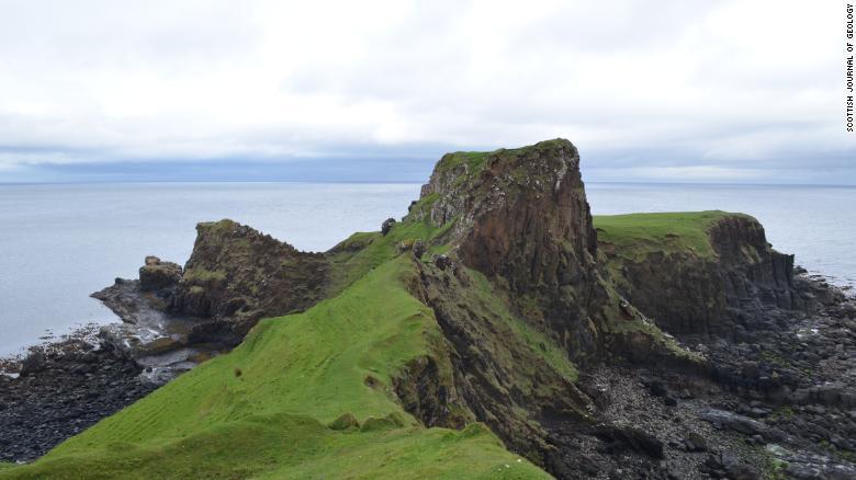 Brother's Point en la Isla de Skye, donde se hizo el descubrimiento.