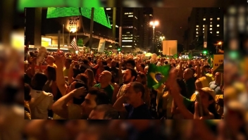 Cientos se manifiestan a favor de la prisión para Lula Da Silva