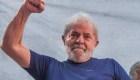 Seguidores de Lula llegan desde todo Brasil a Curitiba para apoyarlo