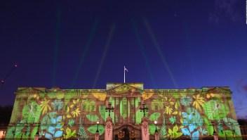 El Palacio de Buckingham se viste de verde
