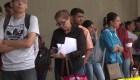 Largas filas en Venezuela para conseguir la nueva visa chilena