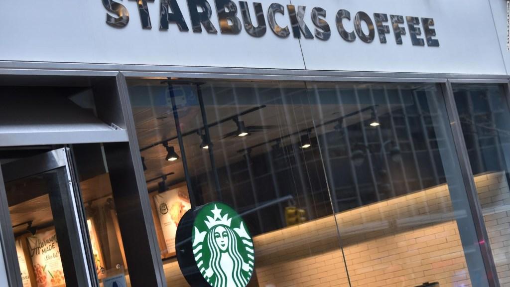 Por un día, Starbucks cierra sus puertas para educar sobre prejuicio racial