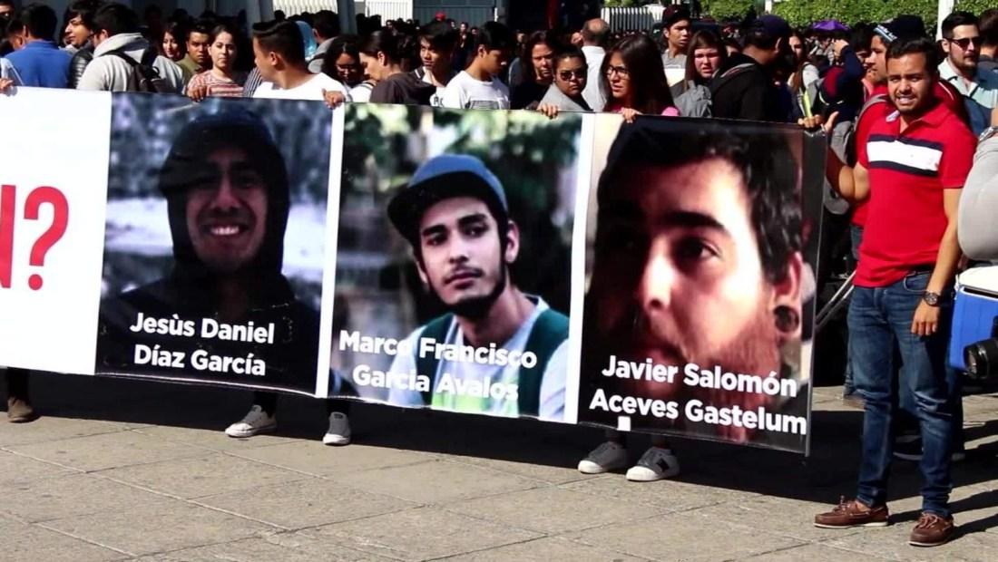 Amigos y familiares piden justicia para estudiantes asesinados en Jalisco