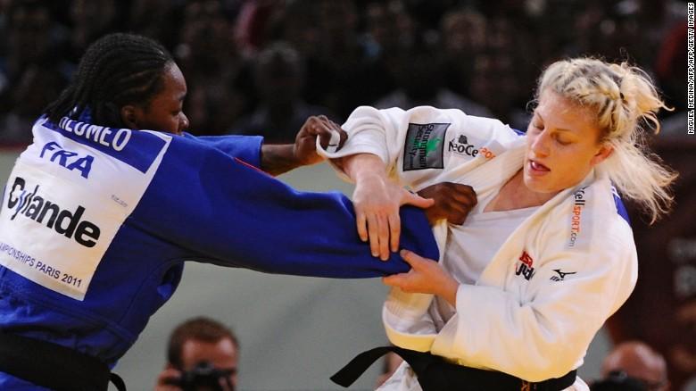 Ese resultó ser su único oro en el campeonato mundial. Al año siguiente, Harrison perdió ante su ya familiar rival Tchuemeo en la semifinal y fue a reclamar el bronce