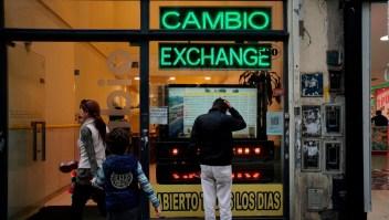 Argentina: ¿conseguirá el gobierno frenar la caída del peso?