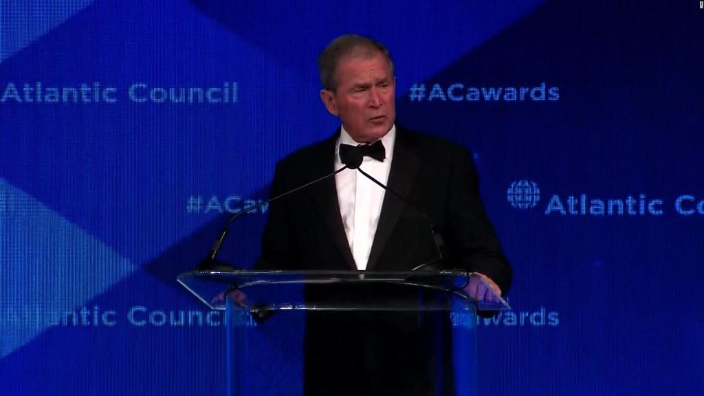 George W. Bush advierte que EE.UU. puede entrar en aislamiento