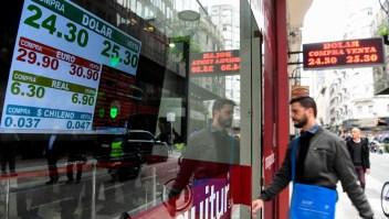 Peso argentino: ¿por qué sigue cayendo?