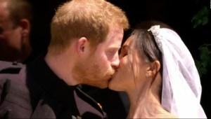 Así fue el beso de los ahora esposos, Meghan y Enrique