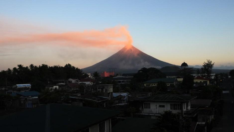 Monte Mayón, Filipinas