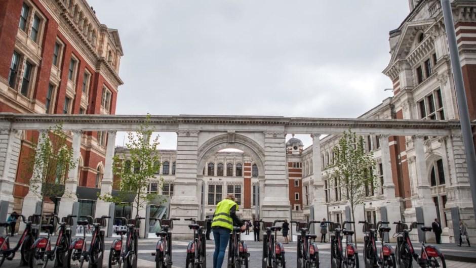 19. Museo Victoria & Albert, Londres: líder mundial en arte y diseño, el V & A volvió a los 20 mejores museos del mundo en 2017. El museo abrió un nuevo patio y entrada en 2017 y experimentó un aumento del 25% en visitas.