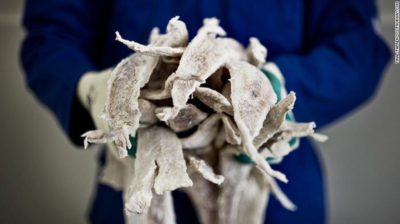 Klippfisk (literalmente, pez acantilado), es in bacalao seco y salado. Si tradición data del siglo XVII