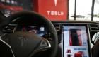 Autopilot Buddy, el criticado asistente de manejo de Tesla