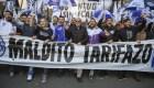 Argentinos protestan contra las medidas económicas de Macri