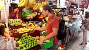 Mitad de los mexicanos vive con menos de 5 dólares al día