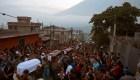 #MinutoCNN: Comienzan los funerales de las víctimas del volcán de Fuego en Guatemala