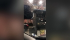 #EstoNoEsNoticia: insectos invaden gasolinera