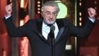 Ovacionan a Robert De Niro por insultar a Trump