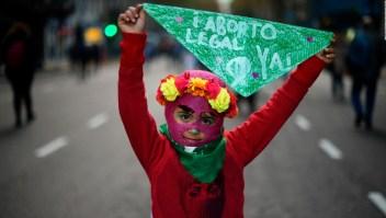 Debate por la despenalización del aborto divide a Argentina