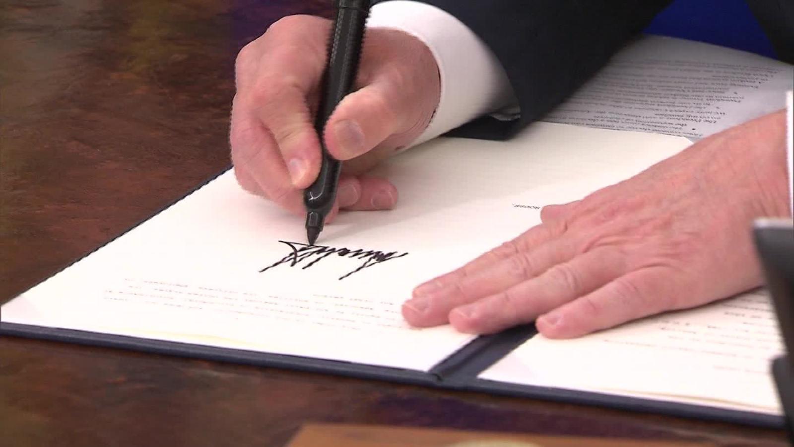 Trump firma decreto para detener separación de familias inmigrantes