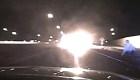 Un vehículo con municiones en su interior estalló en llamas