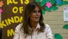 Melania Trump hace una visita sorpresa a las instalaciones fronterizas
