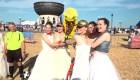 Un grupo de novias contrae la fiebre del Mundial