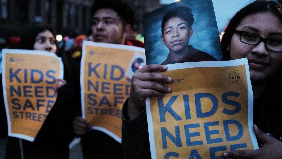 Manifestación en Nueva York en marzo de 2018 para pedir medidas por más seguridad vial para los menores. (Crédito: Spencer Platt/Getty Images)