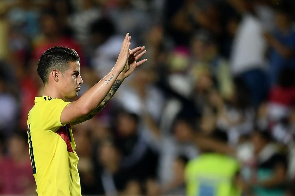 El colombiano James Rodríguez es uno de los 11 internacionales del Bayern de Múnich. En la imagen, al finalizar un partido amistoso entre su selección y la de Egipto. (Crédito: MARCO BERTORELLO/AFP/Getty Images)