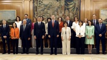 Nuevo Gobierno en España, liderado por Pedro Sánchez (PSOE) y con mayoría de mujeres. (Crédito: JAVIER LIZON/AFP/Getty Images)