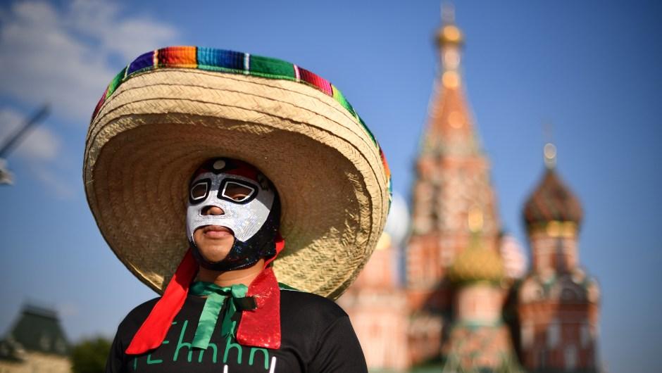 Fanático mexicano en la Plaza Roja de Moscú. (Crédito: Hector Vivas/Getty Images)