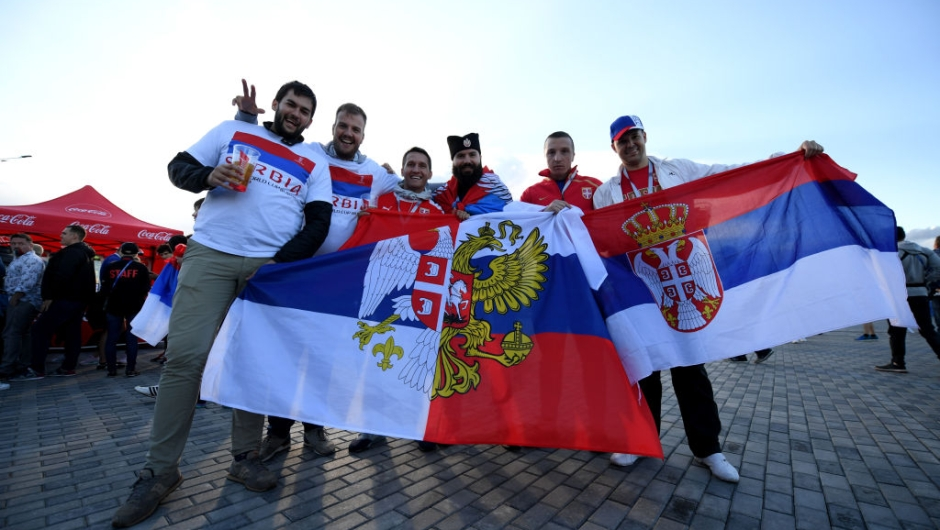 KALININGRAD, RUSSIA - JUNE 22: Serbia fans enjoy the pre match atmosphere prior to the 2018 FIFA World Cup Russia group E match between Serbia and Switzerland at Kaliningrad Stadium on June 22, 2018 in Kaliningrad, Russia. (Photo by Matthias Hangst/Getty Images)