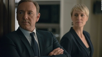 "Fotograma de ""House of Cards"" con Kevin Spacey y Robin Wright."