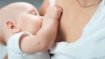 Bebé amamantado, amamantar, madre, maternidad, embarazo, lactancia materna