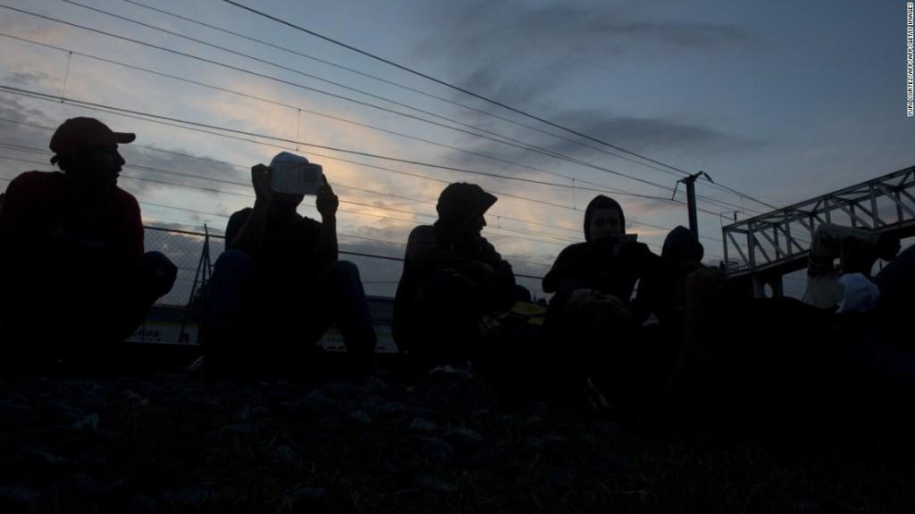 Inmigrantes centroamericanos buscan asilo en Estados Unidos.