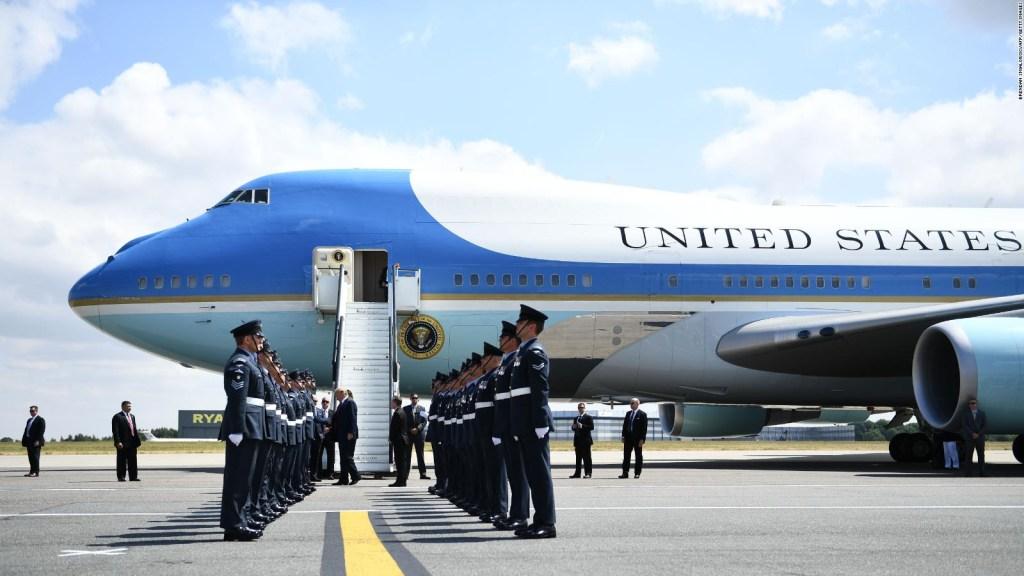 Trump buscaría darle una apariencia más patriótica al avión presidencial
