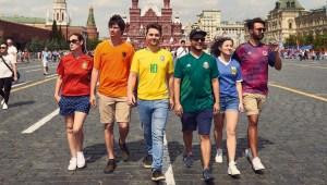 Activistas LGBT llevaron bandera secreta a Rusia