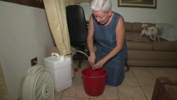 """Escasez de agua en Venezuela: """"Ya no sé lo que es bañarme con regadera"""""""
