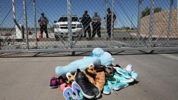 Reunidos tras cruzar la frontera