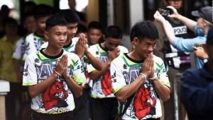 Niños de Tailandia salen del hospital con buena salud mental
