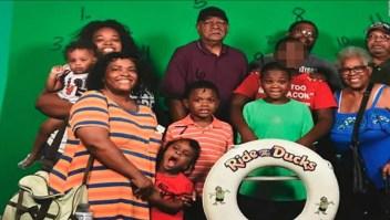 Sobreviviente del bote hundido en Missouri habla de la perdida de su familia