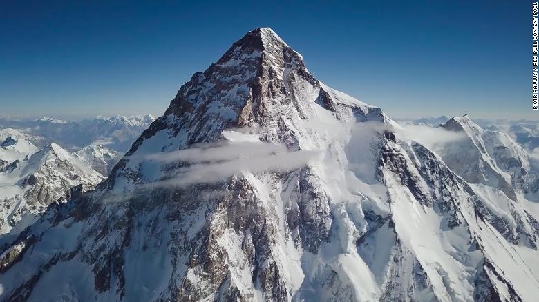K2 es la segunda montaña más alta del mundo, después del Everest.