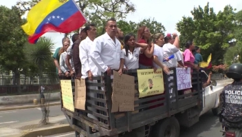 Cumplen un mes las protestas del sector salud en Venezuela