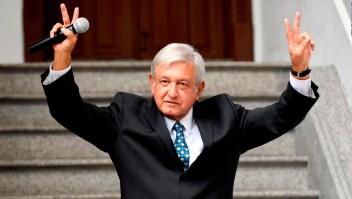 México sigue expectante a un mes del triunfo de AMLO