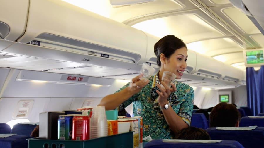 El mejor personal de cabina del mundo: por quinto año consecutivo, Garuda Indonesia ganó el premio al mejor equipo de cabina.