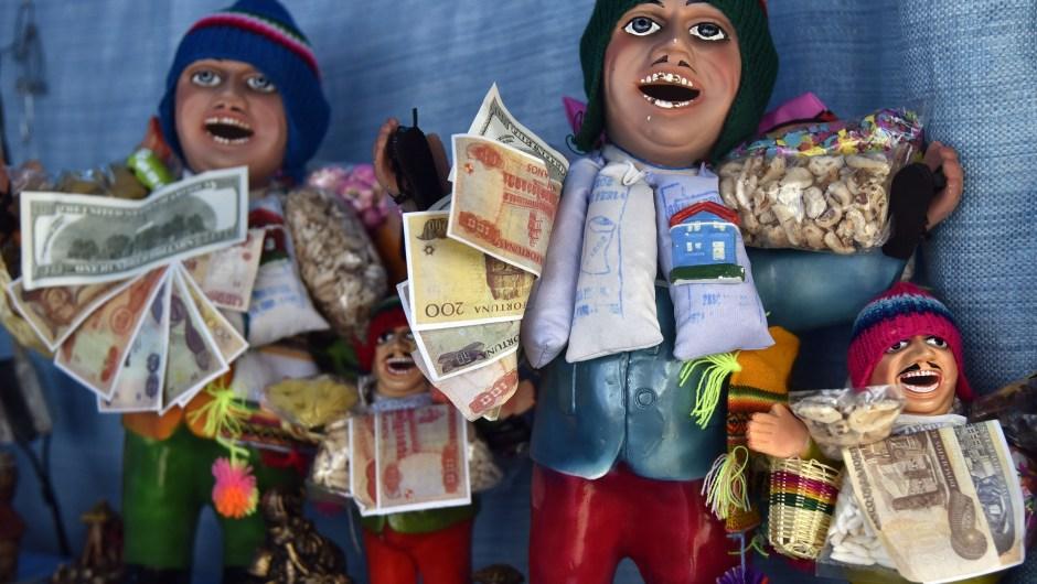 Bolivia ha tomado esta decisión también en dos ocasiones: en 1963 eliminó tres ceros y, después, en 1987 quitó siete ceros. (Crédito: AIZAR RALDES/AFP/Getty Images)